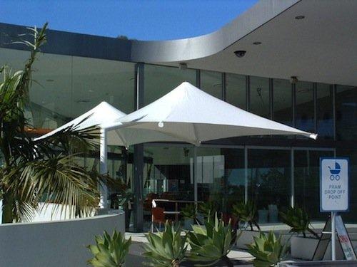 Commercial shade umbrellas