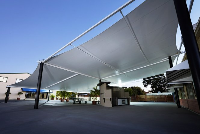 Commercial shade solution using Temsion Membranes