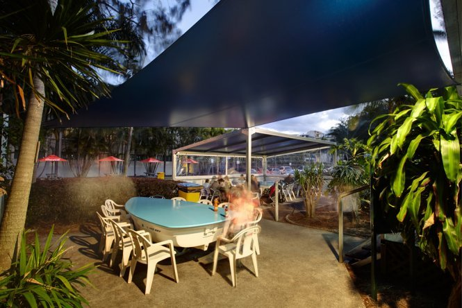 Shade solutions for restaurants