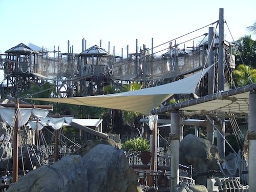 Theme Park Custom Shade solutions