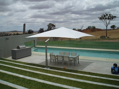 Outdoor Shade solutions - Umbrellas