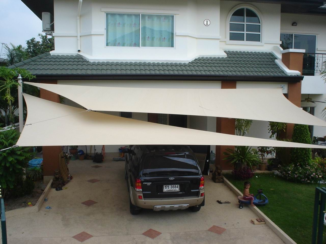 Waterproof shade sails idea balconies and carports for Shade sail cost
