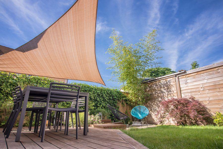shade sail in yard
